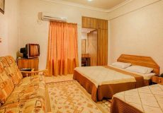 aram-hotel-qeshm-quadruple-room-1