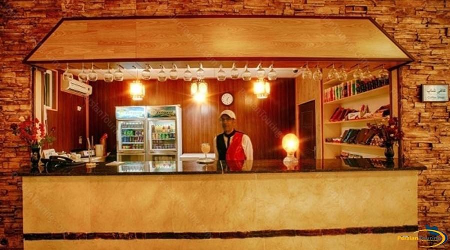 khalije-fars-hotel-qeshm-cafe-1