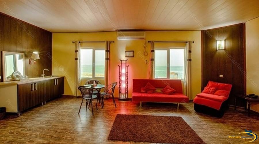 khalije-fars-hotel-qeshm-suite-3
