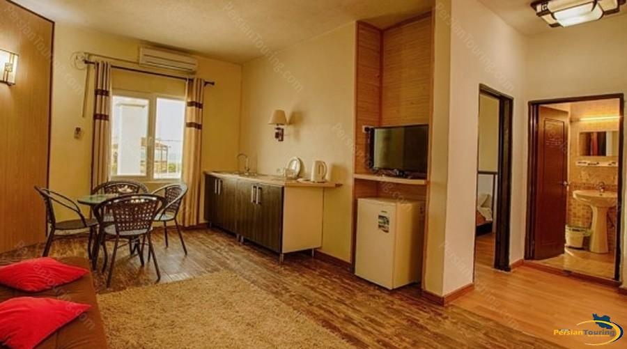 khalije-fars-hotel-qeshm-suite-4