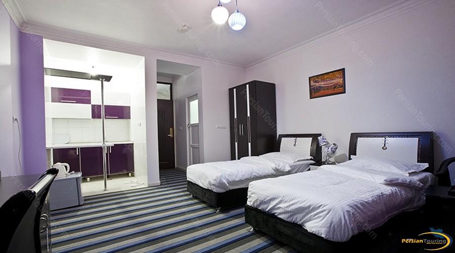 marina-I-hotel-qeshm-triple-room-1
