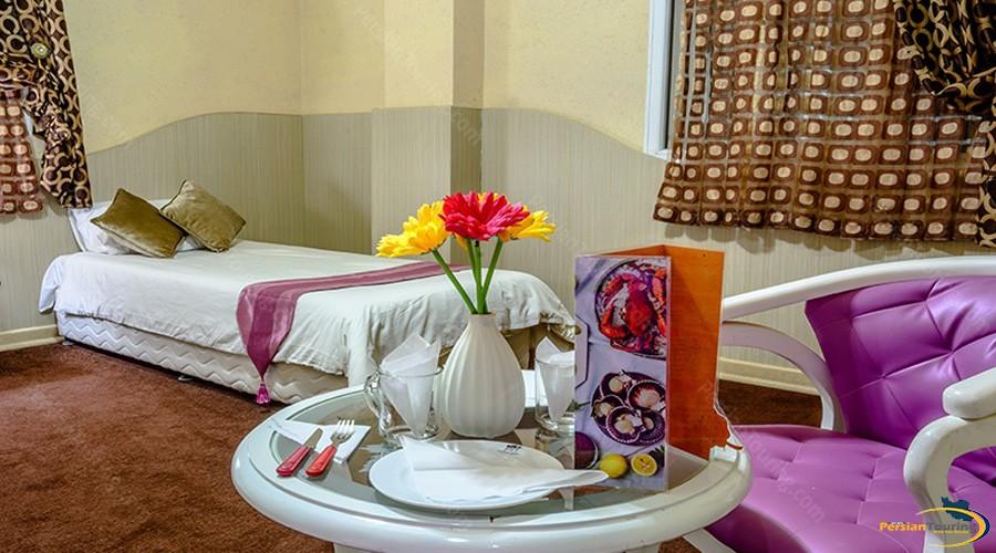 marina-II-hotel-qeshm-single-room-1