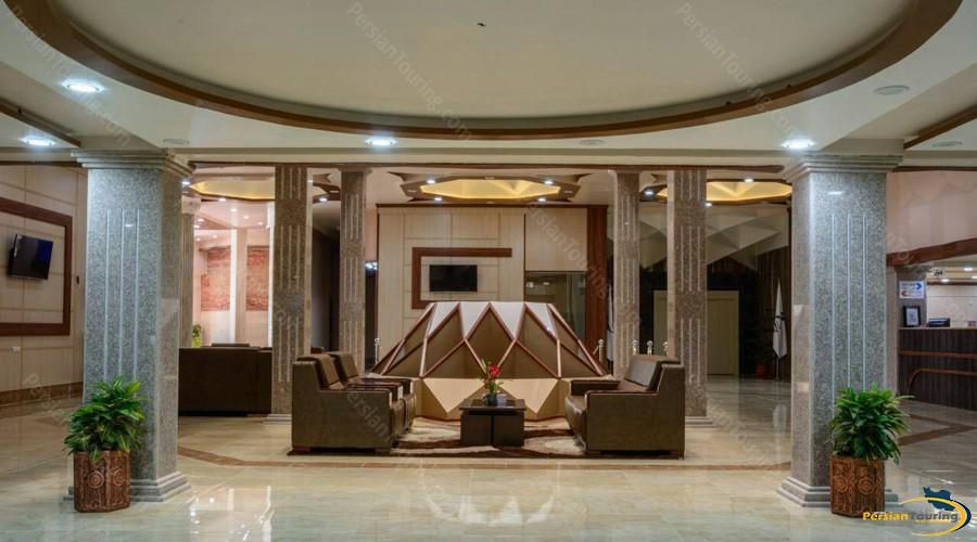 qeshm-eram-hotel-lobby-2