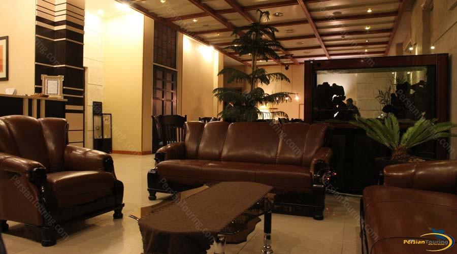 tachar-hotel-shiraz-labby-1