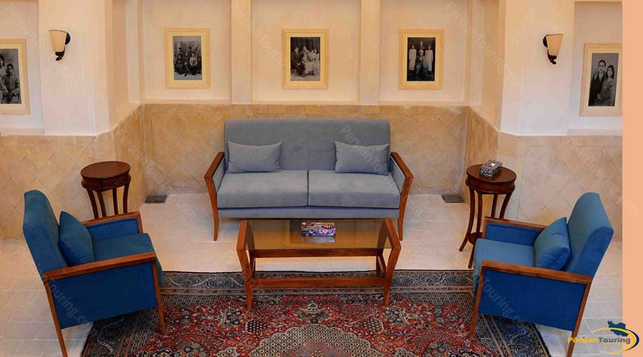 darb-bagh-hotel-kashan-vip-quadruple-room-1