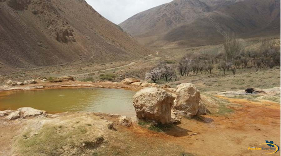 ferizhand-red-water-spring-4