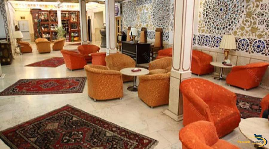 kowsar-hotel-kashan-labby-1