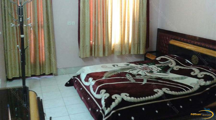 kowsar-hotel-kashan-three-bedroom-apartment-for-6-persons-1
