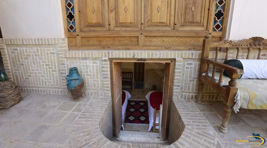 morshedi-house-hotel-kashan-basement-double-room-2
