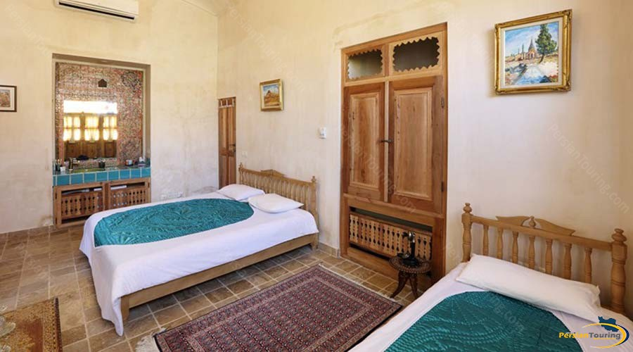 morshedi-house-hotel-kashan-triple-room-2