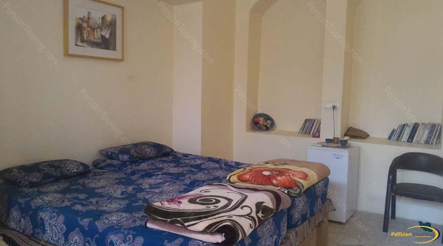 noghli-hotel-kashan-Double-Room-2