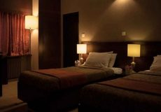 roodaki-hotel-twin-room