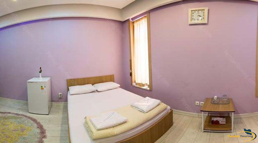 rose-hotel-kashan-double-room-1