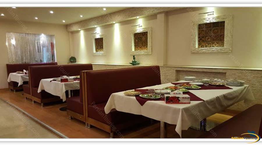 rose-hotel-kashan-restaurant-1
