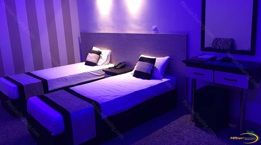 sadra-hotel-twin-room-1