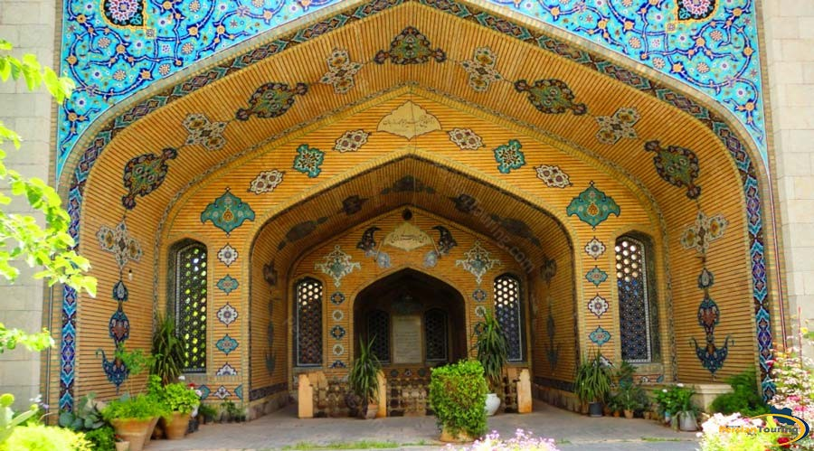 sheikh-roozbehan-tomb-1