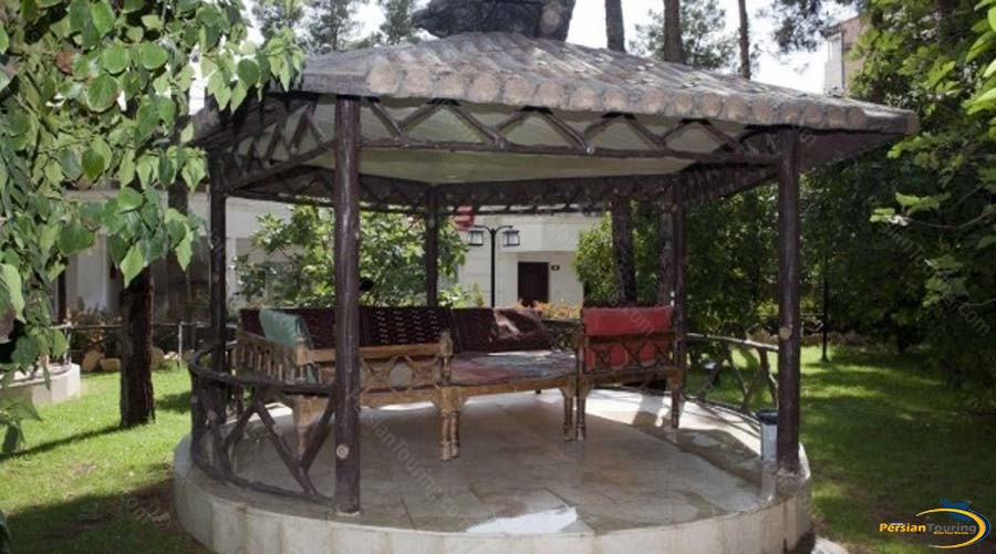 tourist-guest-house-shiraz-altar