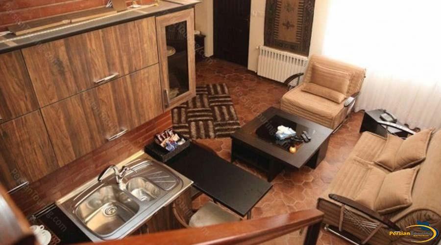 tourist-guest-house-shiraz-duplex-suite-1