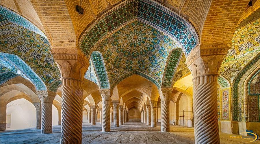 vakil-mosque-3
