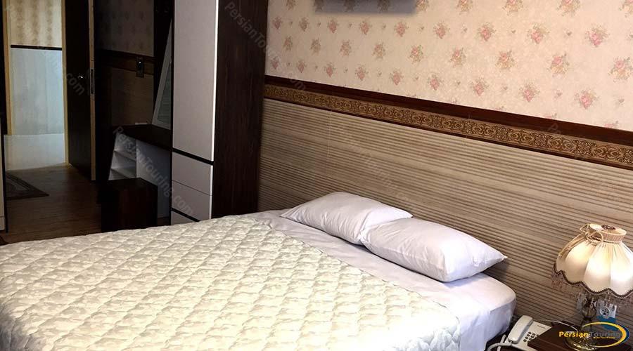 al-zahra-hotel-yazd-double-room-1