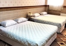 al-zahra-hotel-yazd-quadruple-room-2