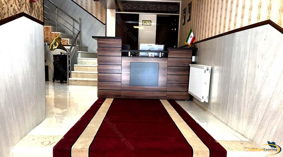 al-zahra-hotel-yazd-recepsion-1