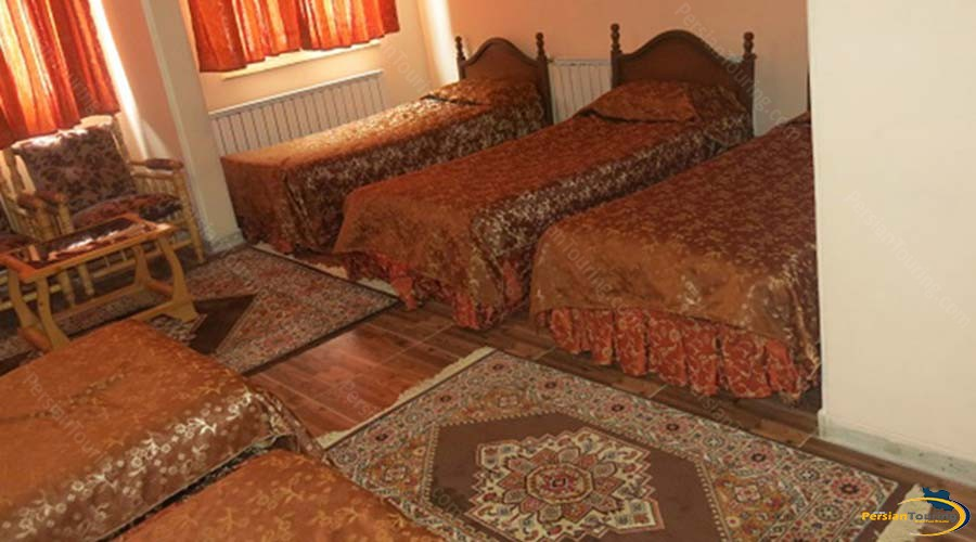 atlas-hotel-yazd-5-persons-suite-1