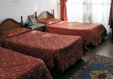 atlas-hotel-yazd-triple-room-1