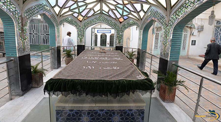 feyz-e-kashany-tomb-3