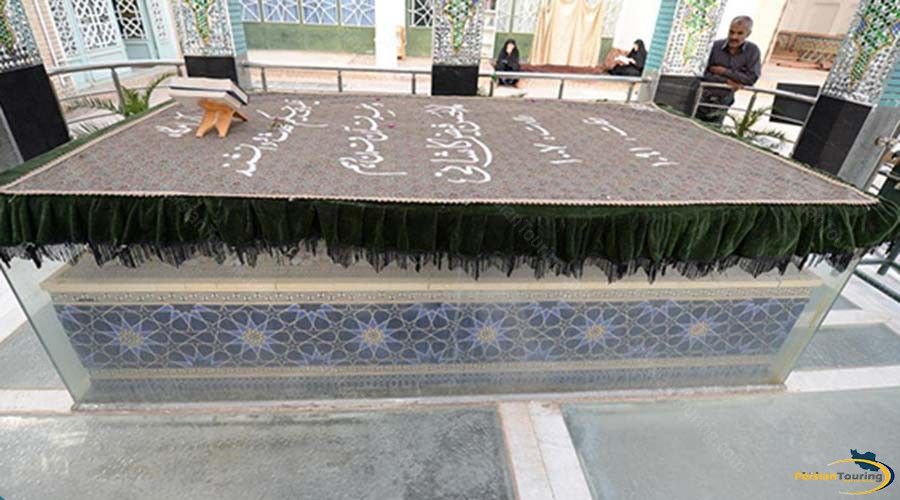 feyz-e-kashany-tomb-4