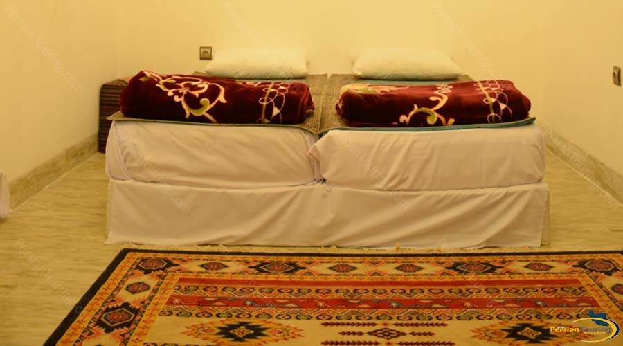 khane-dohad-hotel-yazd-single-room-1