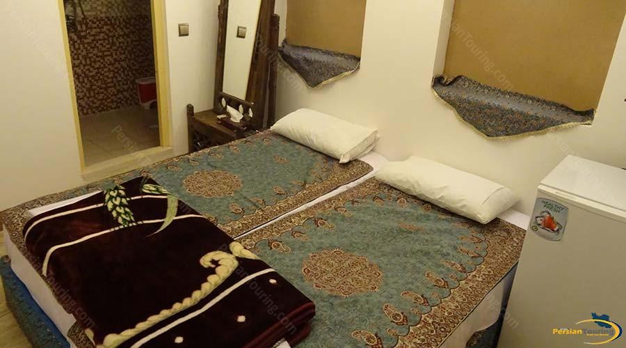 khane-dohad-hotel-yazd-twin-room