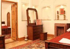 morshed-garden-traditional-hotel-yazd-quadruple-room-1