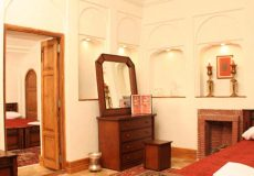 morshed-garden-traditional-hotel-yazd-triple-room-1