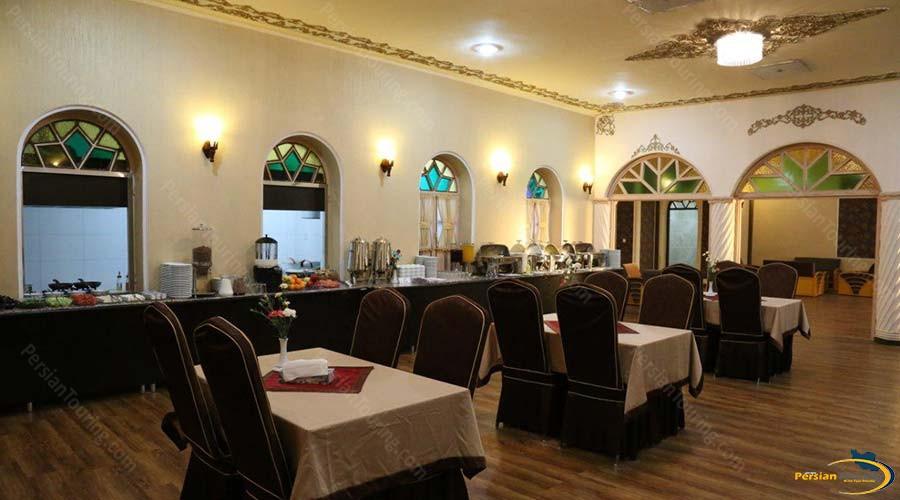 parsian-azadi-hotel-yazd-restaurant-1