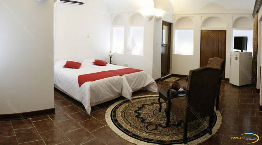 royay-ghadim-traditional-hotel-yazd-double-room-1
