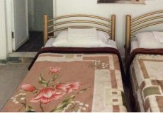 traditional-kourosh-hotel-yazd-twin-room-1