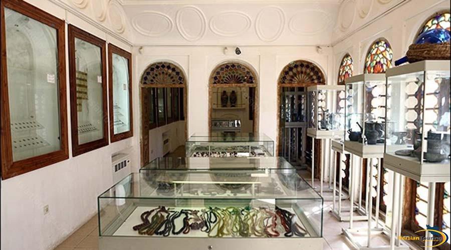 qasr-e-ayeneh-museum-5