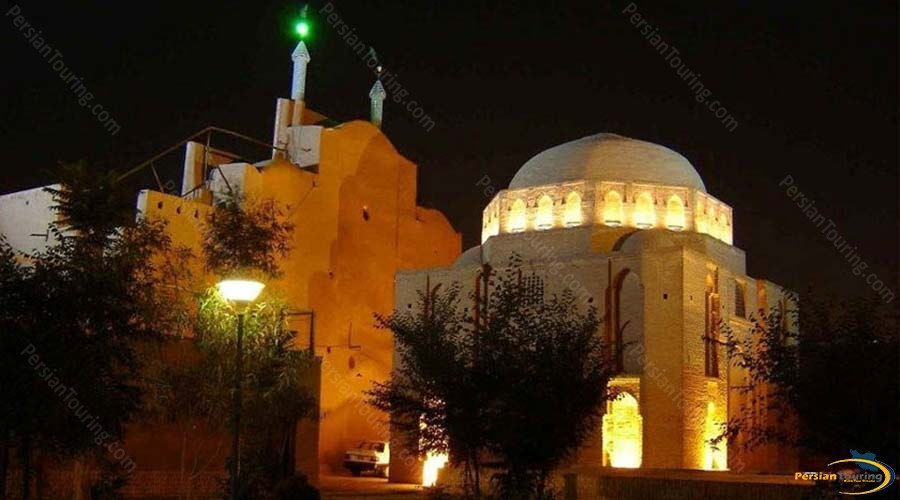 davazdah-imam-mausoleum-3