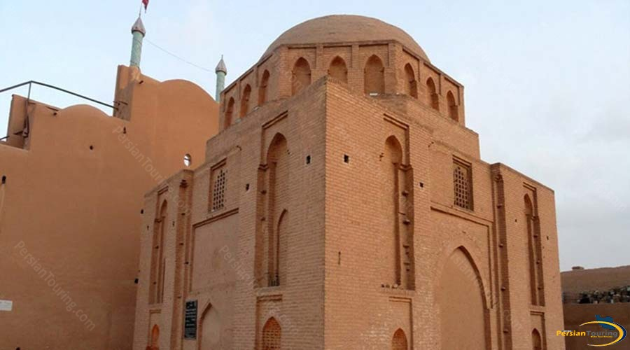 davazdah-imam-mausoleum-4