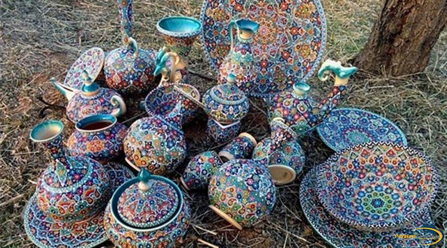 handicrafts-and-souvenirs.-1jpg